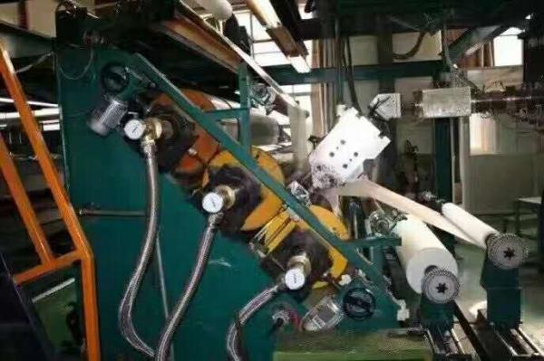 简述PVC塑料管材生产线的工作过程