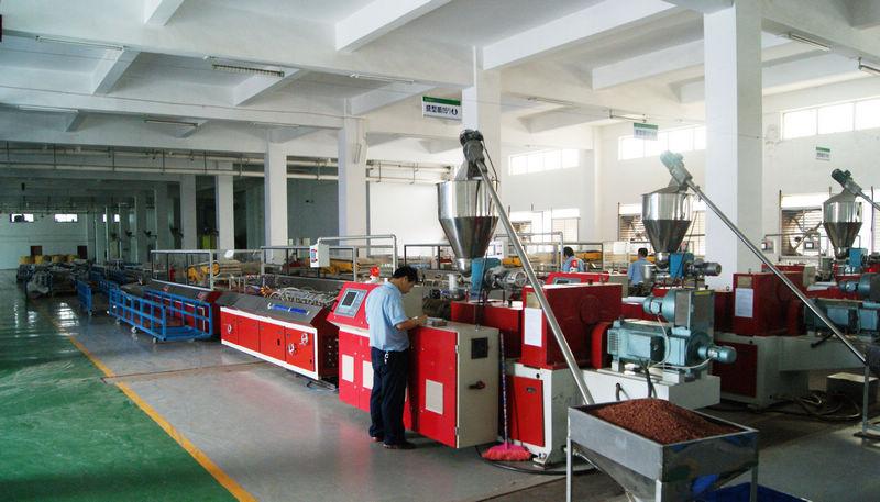 PVC管材的生产工艺和设备
